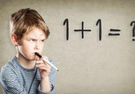 Giocare con la matematica con mamma e papà fa migliorare i voti. E allontana l'ansia per i numeri.